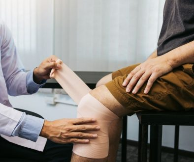 your complete guide to what to expect after a knee replacement surgery